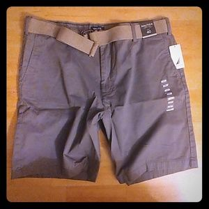 NWT, Mens, Nautica, 40w flat front shorts